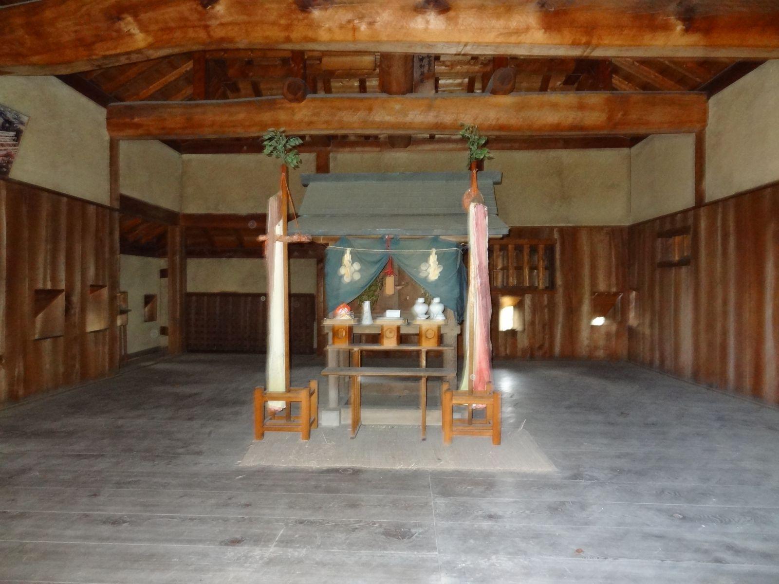 松山城(本丸本壇)の写真です。クリックすると拡大します。