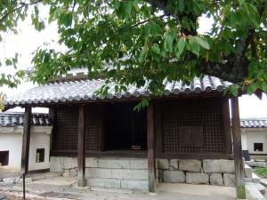 松山城本丸本壇天神櫓の写真です。クリックすると拡大します。