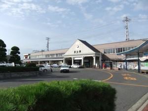 JR松山駅の写真です。クリックすると拡大します。