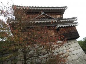 松山城、太鼓櫓の写真です。クリックすると拡大します。