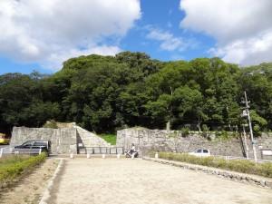 松山城、黒門口登城口の写真です。クリックすると拡大します。
