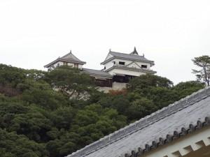 松山城二之丸より見た、松山城の写真です。クリックすると拡大します。